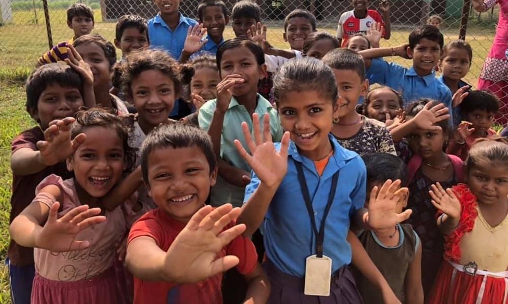 Hähnel sponsors school in Nepal